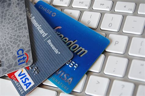 Reducing Payment Card Fraud by Shifting over to EMV Chip