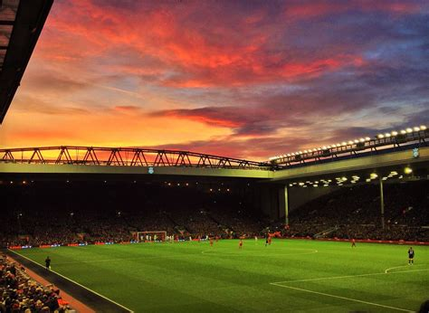 File:Anfield, 7 December 2013