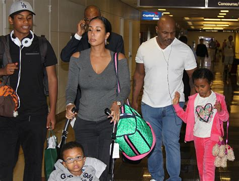 PHOTOS: MIKE TYSON AND FAMILY SPOTTED ARRIVE IN DC