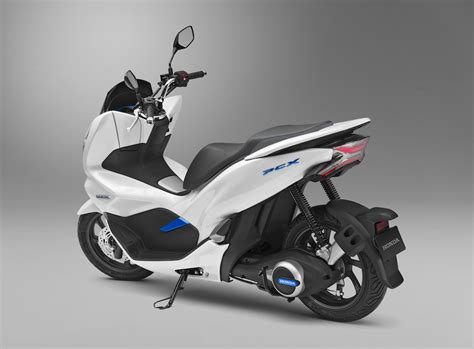 Honda Pioneer 500 EV and Electric PCX Scooter Can Swap