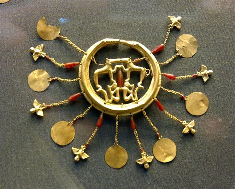Mycenaean jewellery at the British Museum | Ancient
