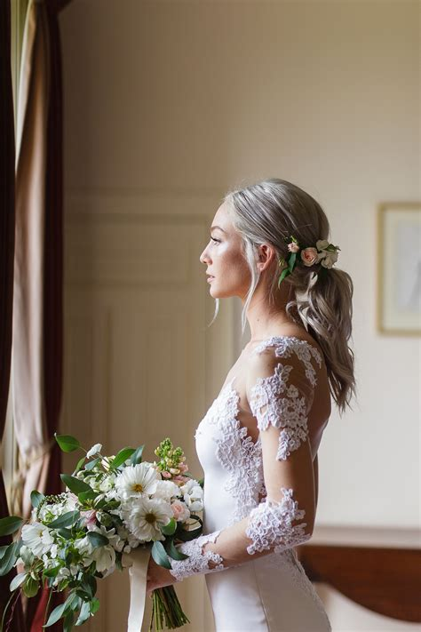 Romantic Low Ponytail With Fresh Roses