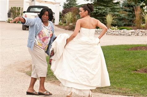 'Jumping the Broom,' With Angela Bassett - Review - The