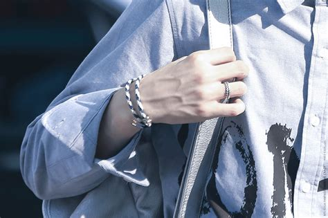 29 Photos Of BTS Suga's Hands You Really Just Need To See