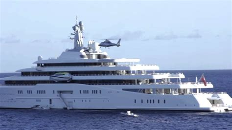 Helicopter landing on the (second) largest yacht in the