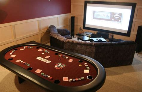 Would be a great room! Poker room at home